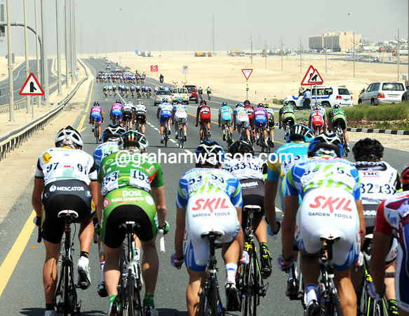 Five clear groups have formed as the winds buffer the peloton...