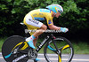 "Alexandre Vinokourov slipped far off the race-lead by placing 14th at 2' 18""..."