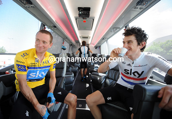 There's no sign of nerves for Bradley Wiggins and Geraint Thomas on the Sky bus at the start...