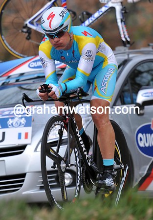 """Alexandre Vinokourov clocked fastest time before fading on the climb - the Kazakh rider ended in 11th place at 1' 29"""".."""