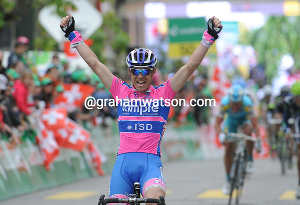 Damiano Cunego wins stage two into Romont - and Pavel Brutt keeps his race-leadership...