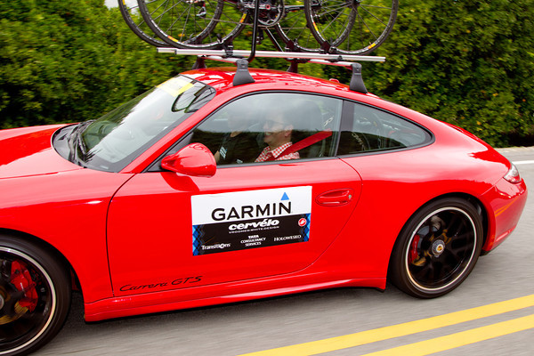 With this speed, Jonathan Vaughters seems to have brought the correct team car today...