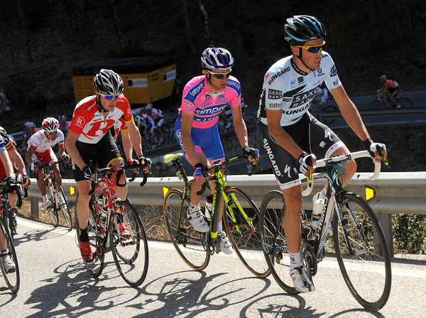 Alberto Contador is starting to accelerate as well - he has Leipheimer and Scarponi on his wheel...