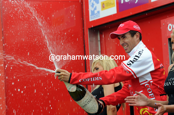 David Moncoutié celebrates another fine stage-win in the Vuelta..!