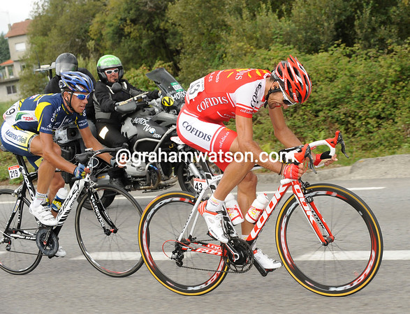 Mate and Pydgornyy have managed to stay away to the last 10-kilometres...