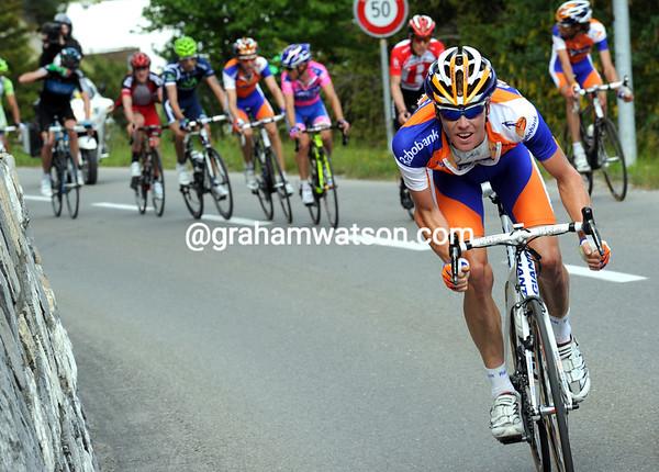 Steven Kruijswijk attacks near the summit...