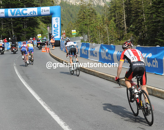 Leipheimer's chasing Schleck who's chasing Cunego who's chasing another Rabobank rider in front...