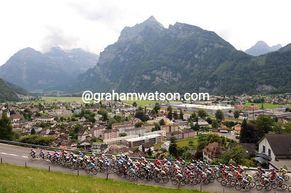 Lampre leads the peloton up a climb overlooking some impressive scenery...