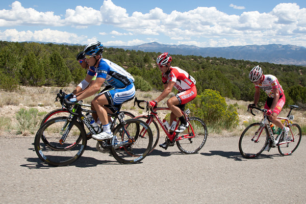 A break of four went up the road at km zero - the remnants would stay away for about 85 miles.