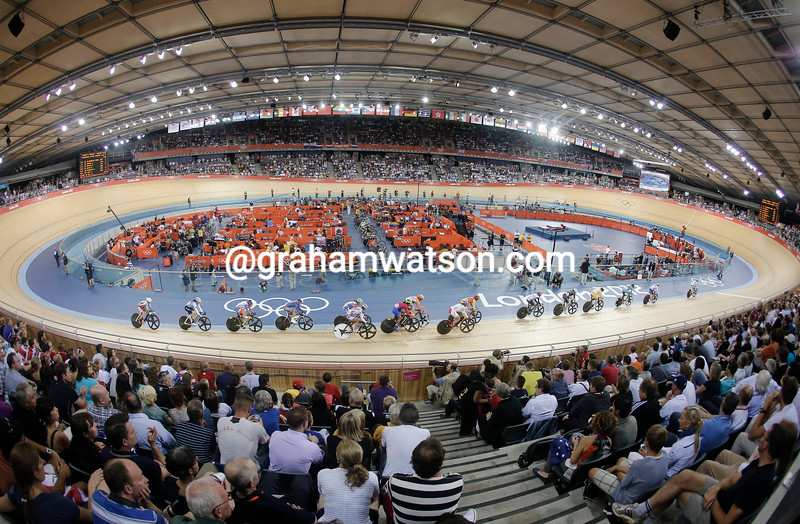 The womens Omnium races were contested in front of packed crowds