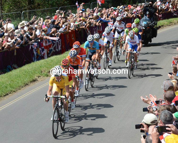 Stuart O'Grady leads the escape on the first climb over Box Hill with a five-minute lead