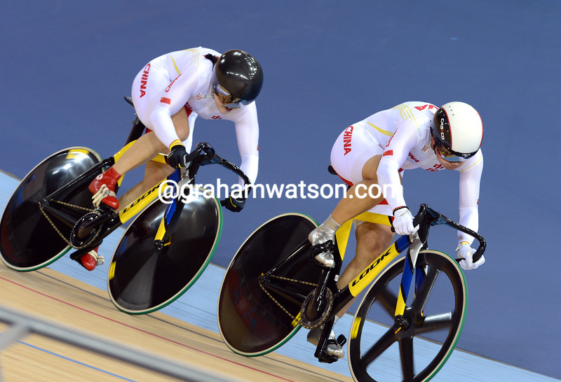 Gong Jinji and Guo Shuang earned China the silver medal in the womens Team Sprint after setting fastest time in qualifying