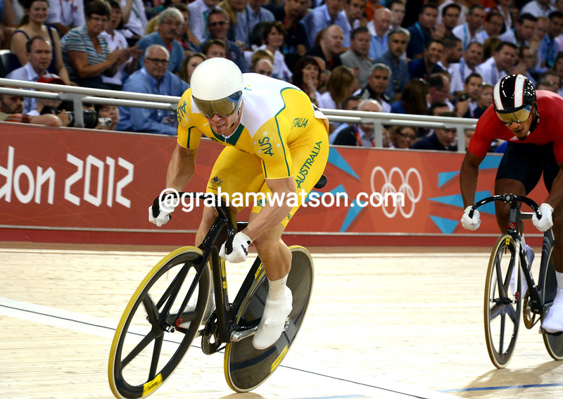 Australia's Shane Perkins battled against Trinidad's Njisane Phillip to win the bronze medal in the mens sprint