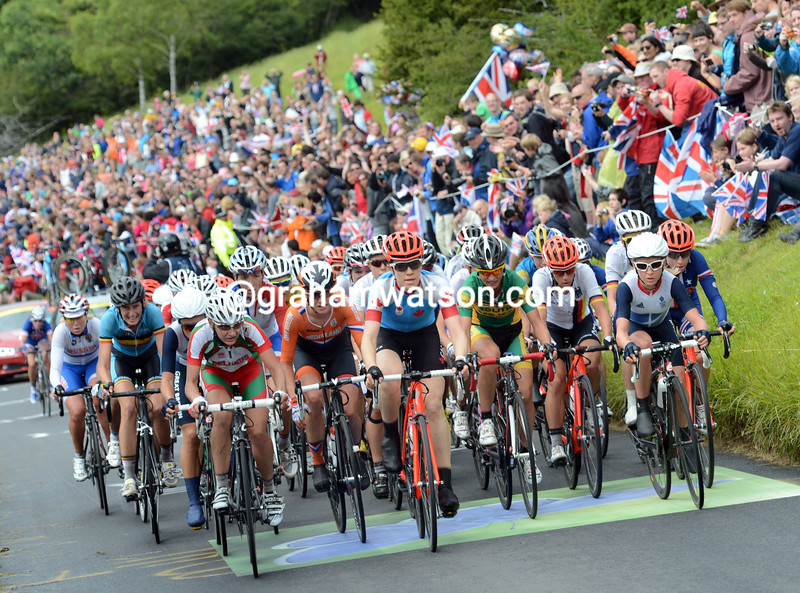 The peloton has still not fractured after its second ascent of Box Hill