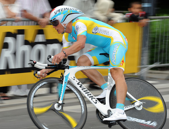 Alexandre Vinokourov took a modest 61st place, 19-seconds down...