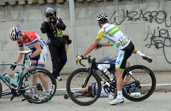 Gerrans and his mate, Martin, have crashed on a roundabout...
