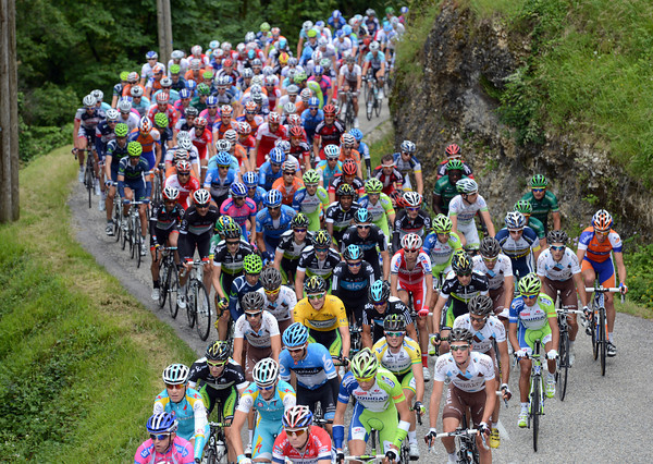 The peloton might yet stir itself and make Luke Durbridge's first day in yellow a bit more difficult...