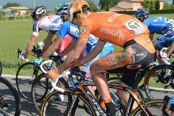 Pierre Cazaux was in a crash when the peloton split - he'll be a bot sore this evening..!
