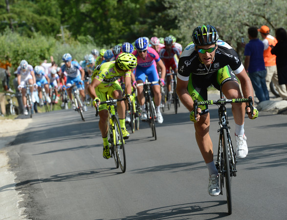 Classics rider Thomas Vaitkus launches an attack up towards Assisi - is this a joke..?!