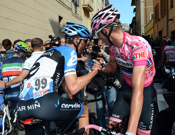 Hesjedal thanks Vande Velde for his help - but the Maglia Rosa has been lost by Garmin...
