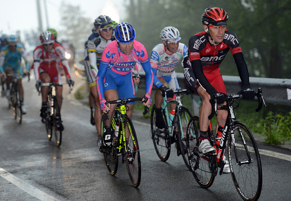 The group chasing Rabottinio is led by Cunego and Marco Pinotti on the second-to-last climb...