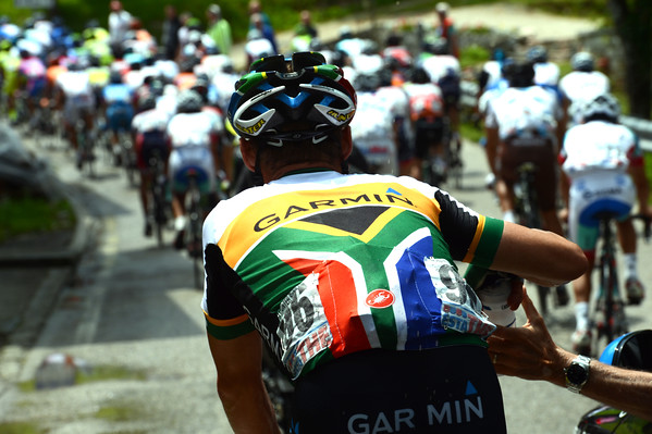 Robbie Hunter carries the water-bottles for Garmin today...