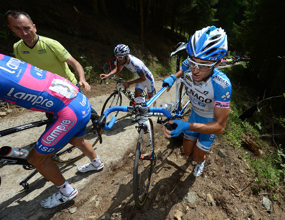 Pirazzi also goes the cyclo-cross way - it's the only way..!