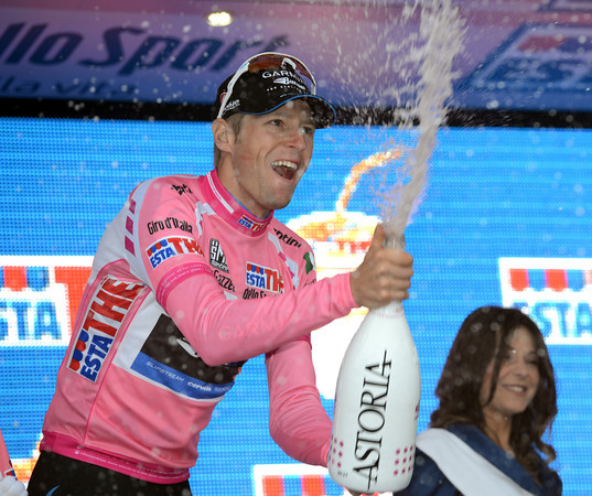 Ryder Hesjedal has retained his race-lead and the Maglia Rosa...
