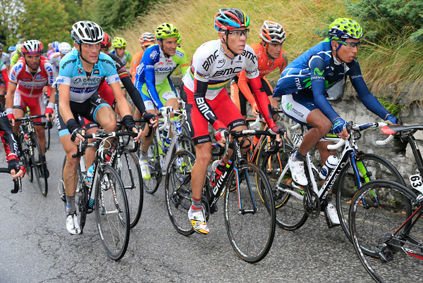 Gilbert looks strong between De Weert and Quintana as the Muro di Sormano begins...