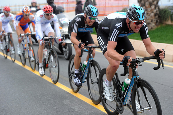 Ian Stannard and Jeremy Hunt are desperately chasing, with Cavendish tucked inside this group as well...