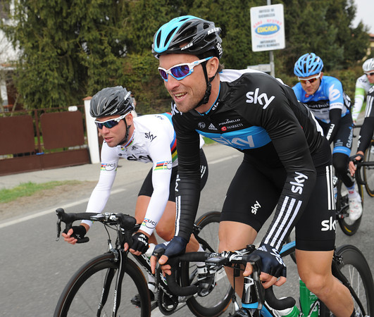 Bernhard Eisel seems to be having fun too - despite the work he'll have to do for Mark Cavendish a little bit later...