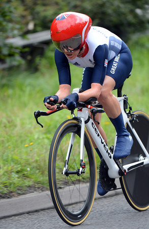 """Emma Pooley raced to 6th place, 1' 03"""" down..."""