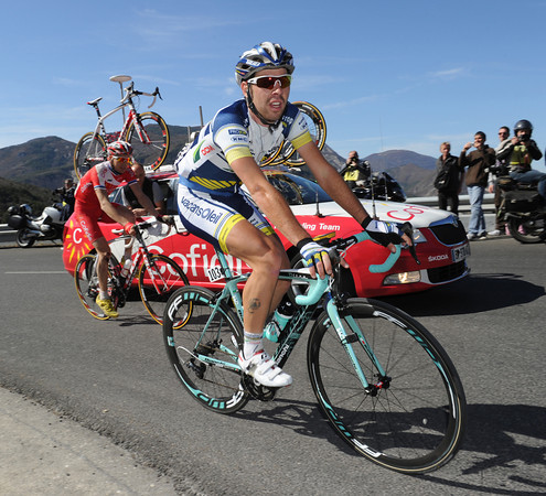 De Gendt leads Taaramae up the first climb at 78-kilometres...