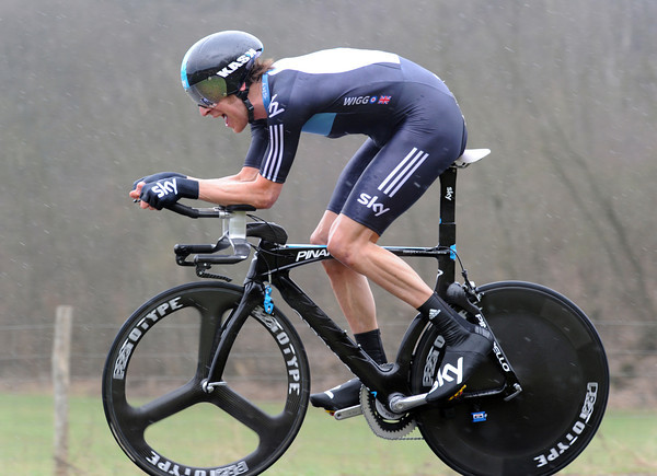 Bradley Wiggins rode the whole distance in the wet - but was only one-second off the lead..!