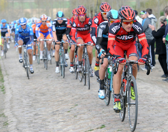 Danilo Wyss is chasing for BMC on a cobbled section near Solesmes, but the gap hasn't changed...