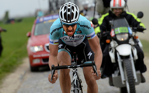 Boonen has now dropped Terpstra and begins a 50-kilometre attempt to win Paris-Roubaix..!