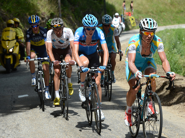 Alexandre Vinokourov is escaping on the Col de la Madeleine...