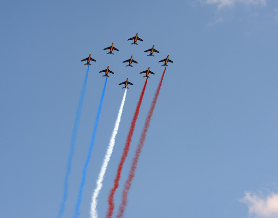 They think it's still Bastille Day! The French air-force entertains the Tour on Bastille weekend, a day late but superb viewing all the same...