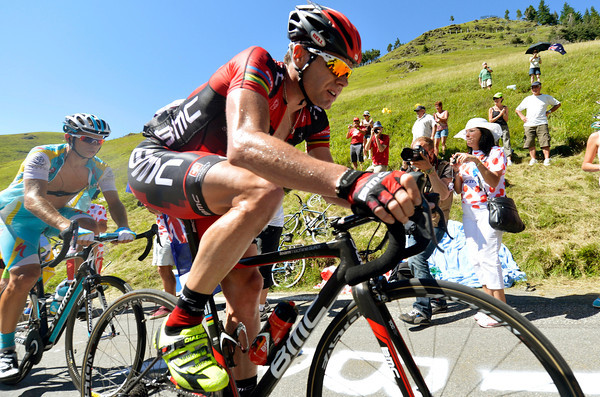Cadel Evans is in deep trouble on the Aspin - he'll chase back on the descent but lose more time on the last ascent...