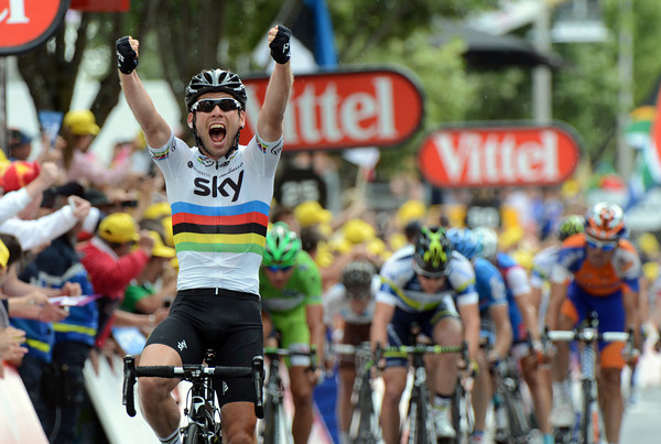 Mark Cavendish takes a stunning victory in Brive with a sprint that must bode well for the Champs Elysees and the Olymic Games...