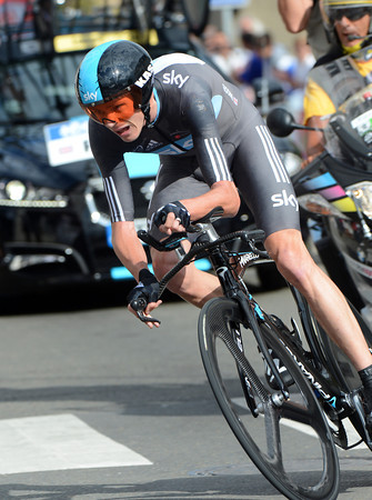 "Chris Froome ends his Tour in 2nd overall, after taking 2nd today, 1' 16"" down..."