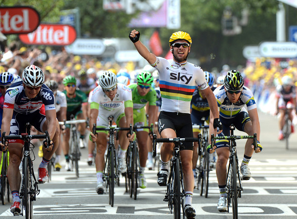 Mark Cavendish wins stage two from Greipel and Goss - the Manxman has opened his Tour de France stage count today..!
