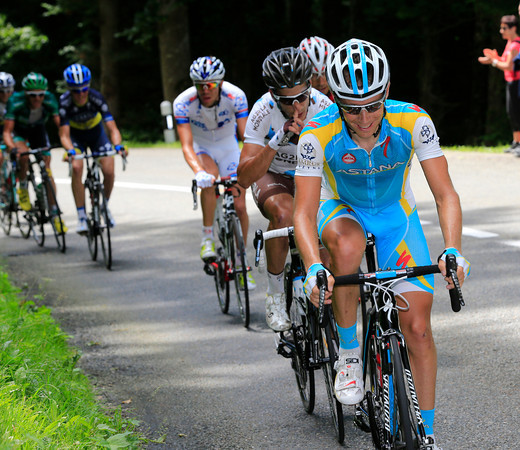 Frederik Kessiakoff starts to look strong in the esacape that has about three-minutes on the peloton...