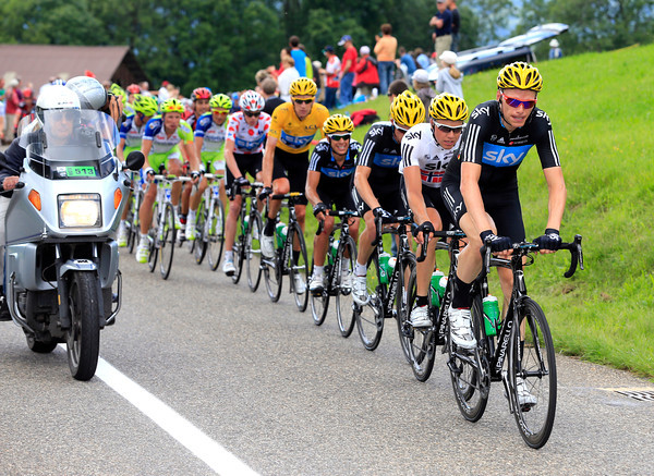 Christian Knees chases for Team Sky - they've finally let an escape go clear by a few minutes...