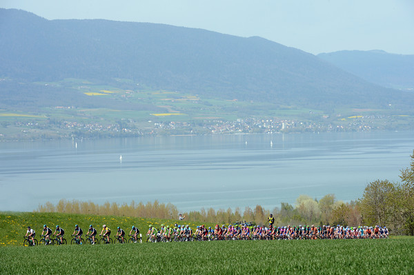 The peloton climbs away from the lake of Neuchatel with Sky very much in control...