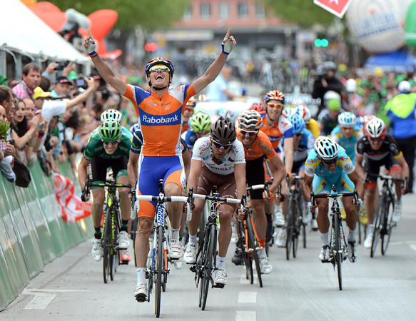Luis Leon Sanchez wins stage four into Sion - and so easily..!