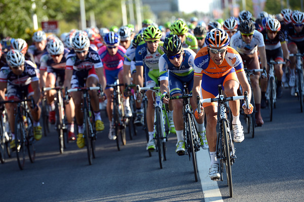 Rabobank has started to chase hard, led by Juan Manuel Garate...