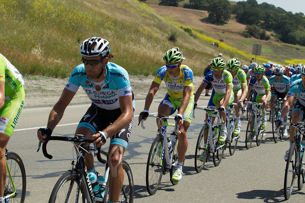 Now Omega Pharma Quick Step are moving to the front to share the work...