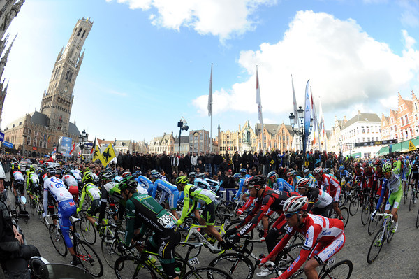 The Tour of Flanders leaves its starting point in Bruges...