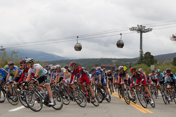 """As they head out of town, some thought this was going to be an """"easy"""" stage, rest before the ride to Boulder tomorrow."""